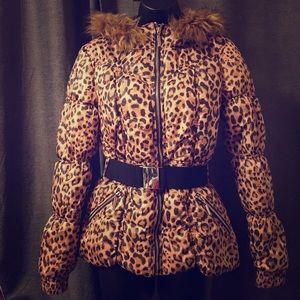 Jackets & Blazers - Leopard print puffer coat